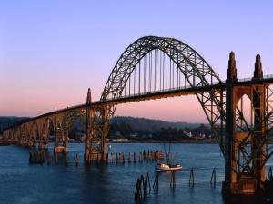 Yaquina-Bay-Bridge_-Newport_-Oregon---1600x1200---ID-21180---PREMIUM
